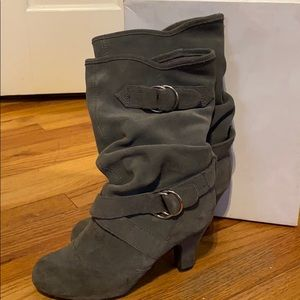 Bakers Grey heeled boots